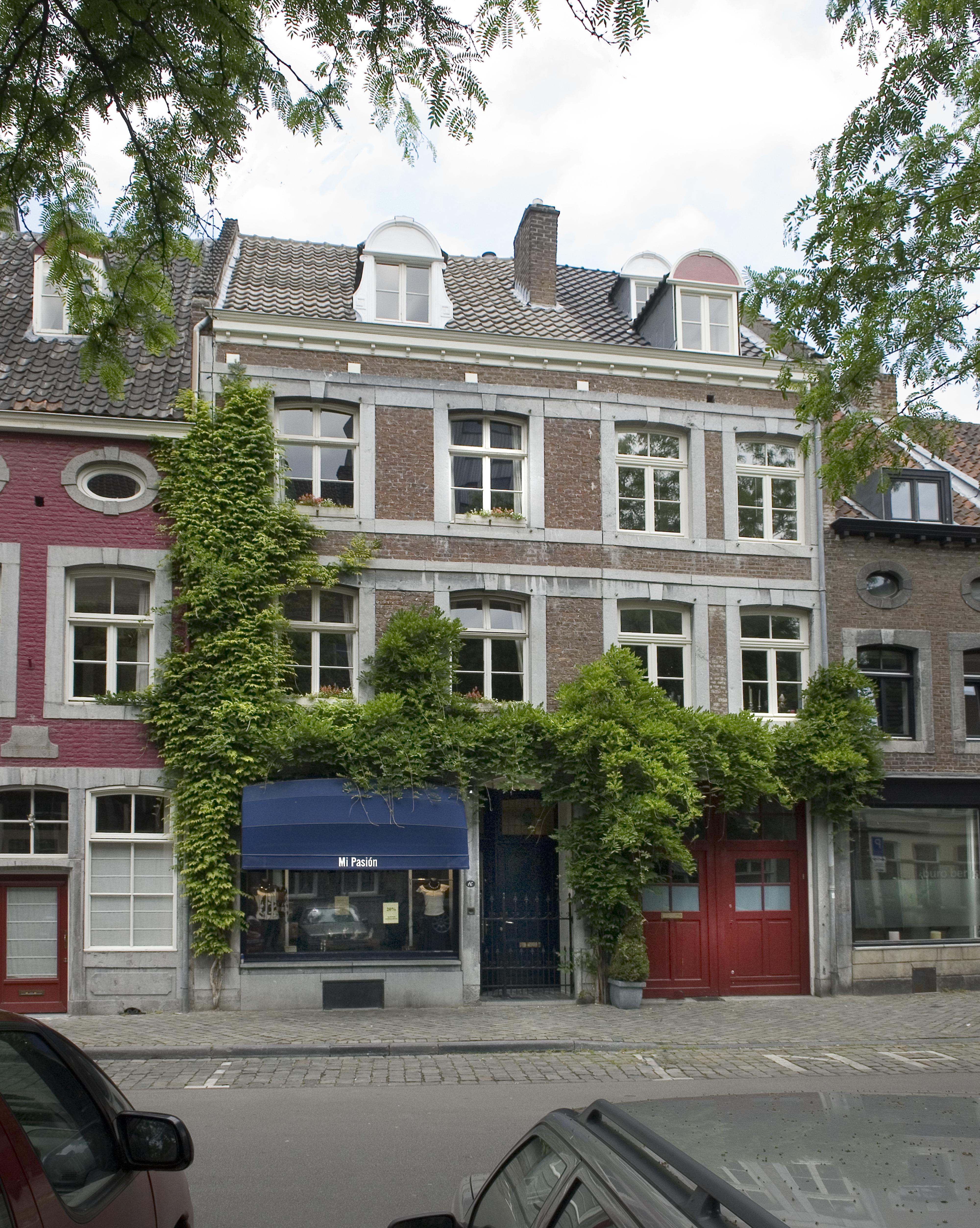 Maastricht, bonnefantenmuseum, vrijthof, hotel, 'boutique hotel', overnachten, overnachting,Keuken, tuin, binnentuin, garden, summergarden, kitchen, auliondor, B&B, breakfast, 'bed and breakfast',  'bed & breakfast', 'b&b', chambre d'haute, ontbijt